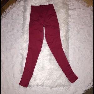 Lululemon Dark Red 4 leggings